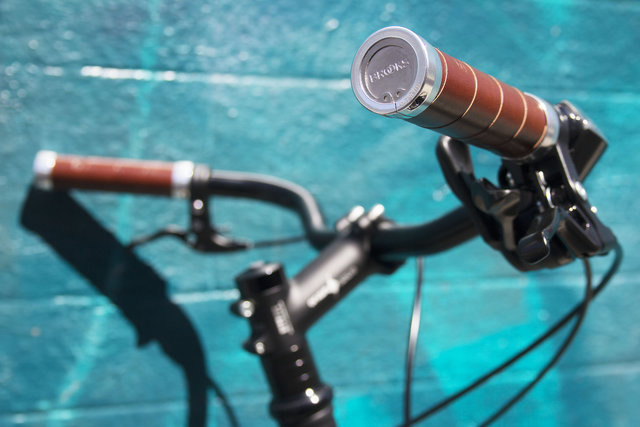 b5aad42522 Brooks Slender Grips: Brooks proves yet again that they can take any  commonplace accessory and make it irresistable.